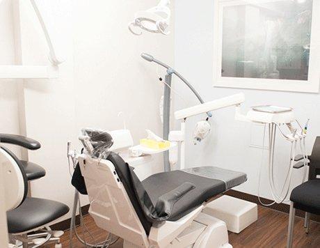 JW Perio & Implants
